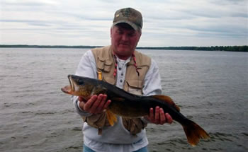 Deer run resort st germain wisconsin lodging and for Wisconsin ice fishing resorts